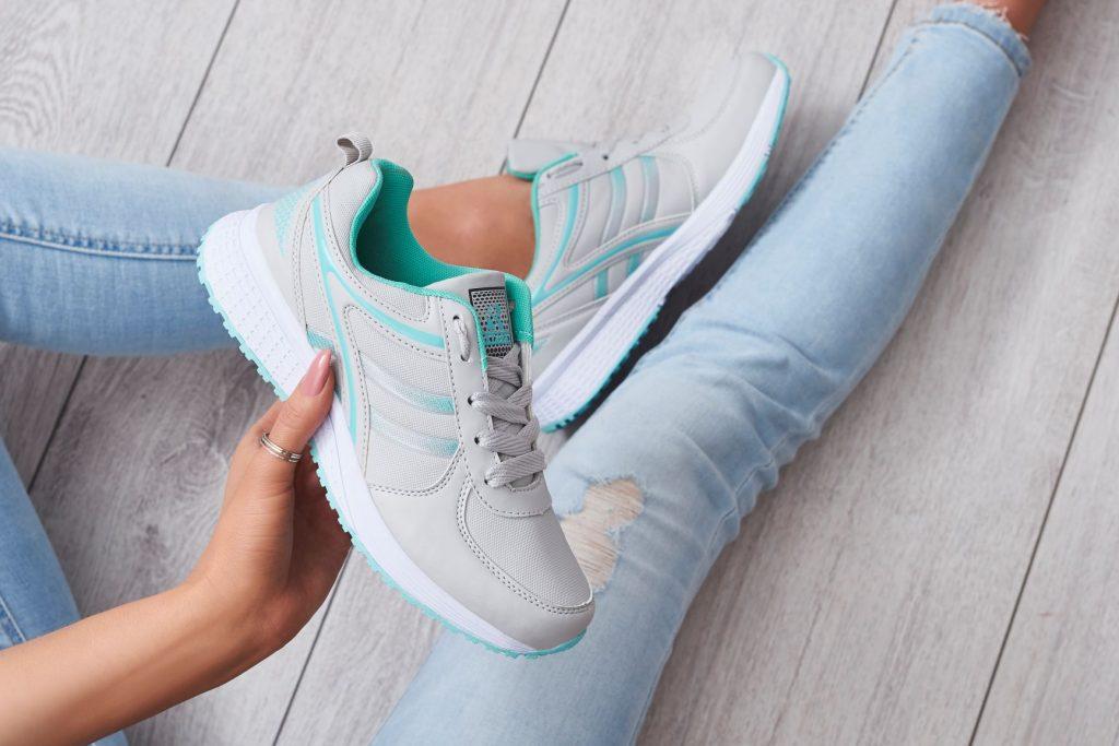Снікерси – що це за взуття і яке вибрати найкраще