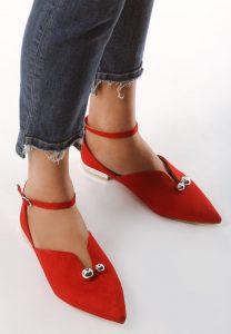 З чим носити червон? балетки?