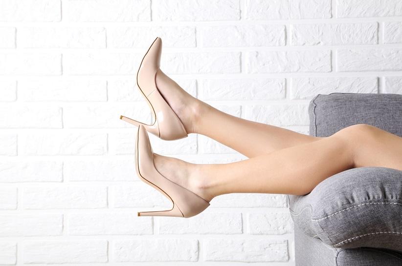Бежеві туфлі на шпильці – стилізації, які обов'язково тобі сподобаються!