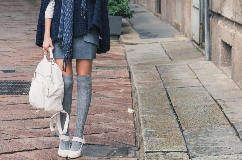 Сірі гольфи – стилізації, які зроблять твої ноги стрункішими!
